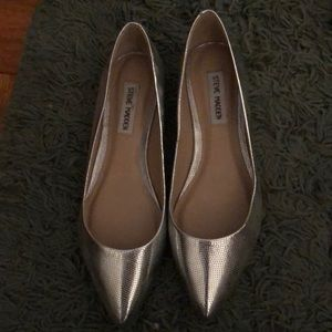 Steve Madden Metallic Silver Pointy Toe Flats